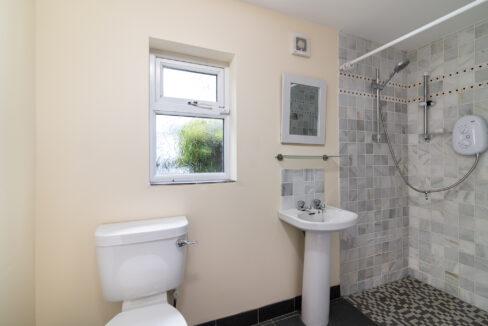 11 Ardilaun, Athlone, Co. Westmeath -13